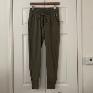 Free People Movement jogger with pockets S